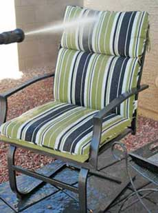 Cleaning-patio-furniture